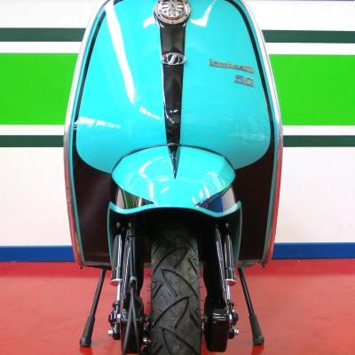 Lambretta J50 / 75 4 marce - Kimberly Orton, Italia