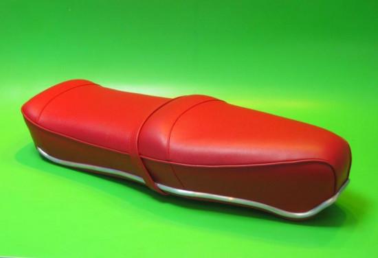 Sella RLC Pegasus Flatbase Rossa, Versione BASSA, per Lambretta S1 + S2 + S3 + DL
