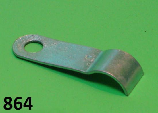 Piastrina fissaggio fili BT dallo statore (sotto il volano)