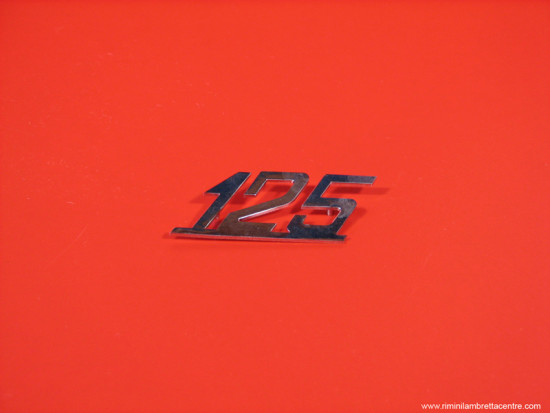 """Scritta """"125"""""""