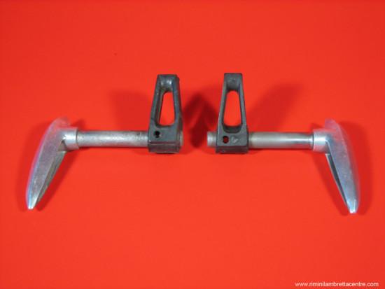 Kit leve e ganci in plastica per cofani Lambretta S3 (post. '66) + Special + SX