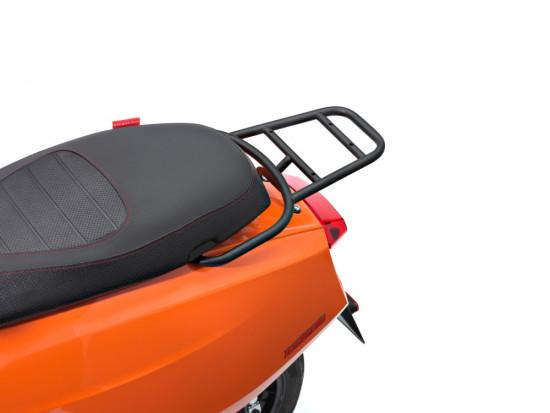 Supporto bauletto posteriore nero opaco per Nuova Lambretta
