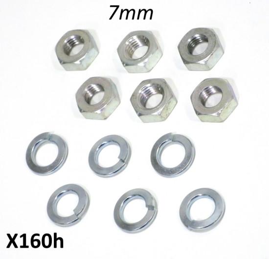 Set dadi (bassi) + rondelle spaccati 7mm per fissaggio piastra cambio marce nel motore
