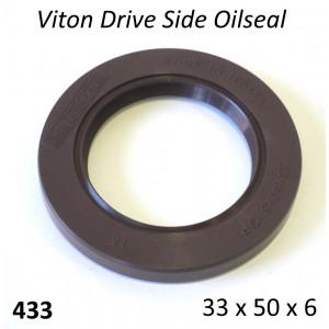 Paraolio in Viton 33 x 50 x 6 per albero motore lato catena Lambretta S1 + S2 + TV2 + S3 +TV3 + Special + SX + DL + Serveta. Doppia tenuta.