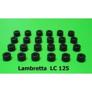 Set 24 x distanziali / spessori in gomma (per profili pedana C253) Lambretta LC125