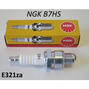 Candela di accensione NGK B7HS (passo corto)