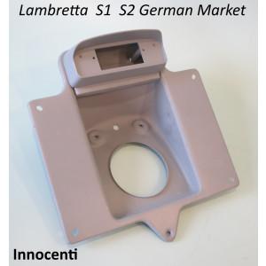 Portatarga + corpo fanale posteriore ORIGINALE Innocenti per Lambretta S1 + S2 mercato Tedesco