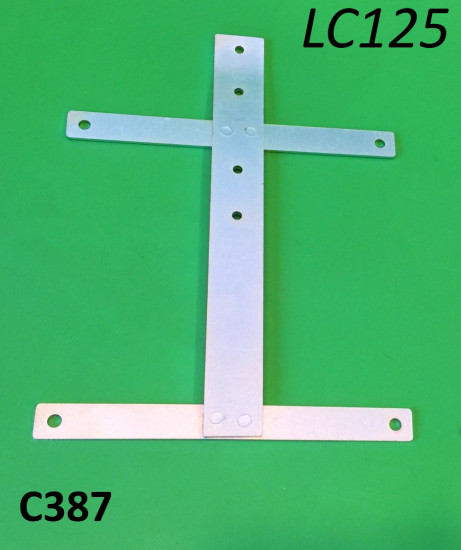 Rear number plate support bracket for Lambretta LC125