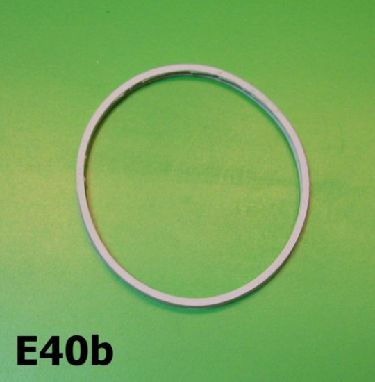 Front headlamp glass rubber gasket