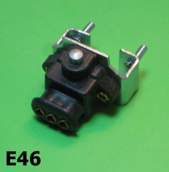 Stoplight switch 3 holes type (for battery models)