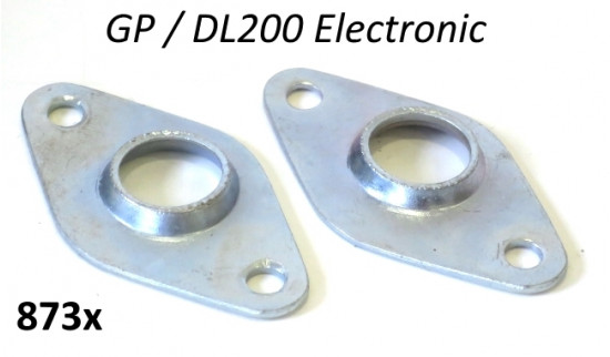Pair of metal securing plates for LT stator plate wiring for Lambretta GP / DL200 Electronic