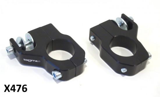 Coppia attacchi NERO CNC per montaggio ammortizzatori anteriori
