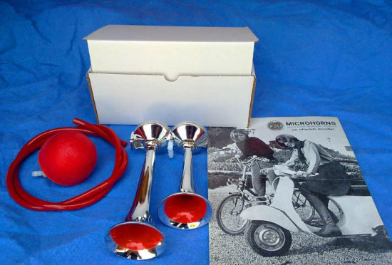 ORIGINAL Poli horns set with red pummel