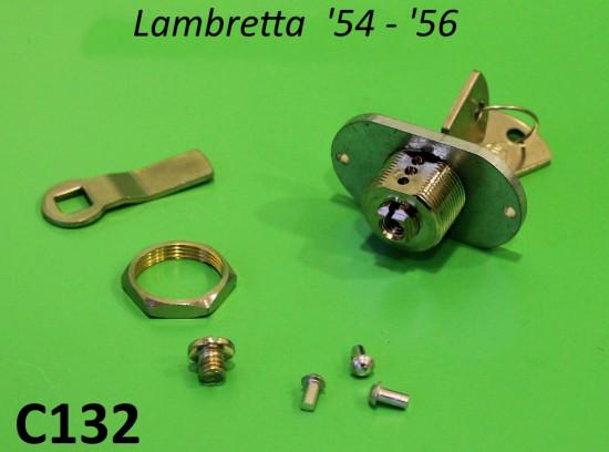 Serratura bauletto anteriore (interasse fori 40mm) Lambretta LD