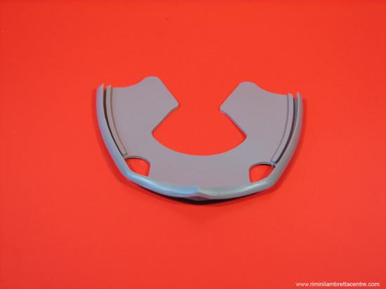 Horncast/mudguard rubber for Lambretta S3