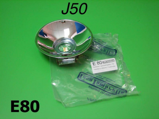 Headlamp reflector with bulb holder