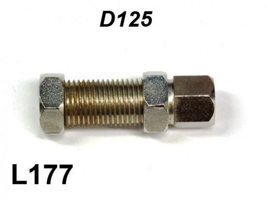 Clutch adjuster (on engine)
