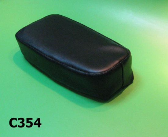 Single seat cover with sponge