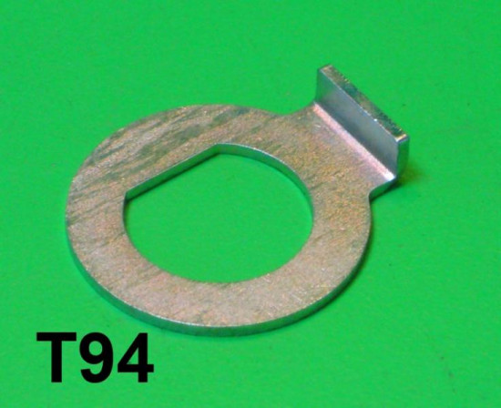 Special washer for torsion bar pins