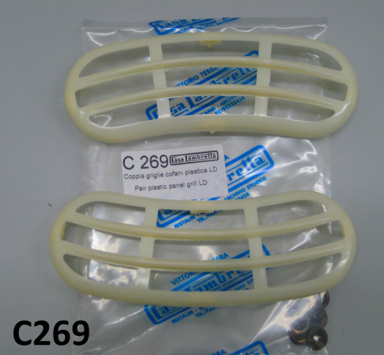 Pair of plastic sidepanel grilles Lambretta LD (Vers.2 +3)