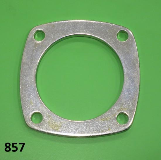 Rear wheel axle bearing flange Lambretta S1 + S2 + S3 + SX + DL / GP