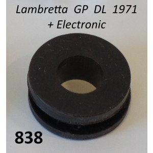 Gommini per vite speciale per montaggio fanale posteriore Lambretta GP DL + Electronic 1971
