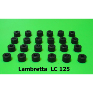 Set of 24 x rubber spacers (for ali floorboard runner strips C253) Lambretta LC125