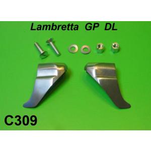 "Lower legshield rubber beading endcaps - ""Shark Teeth"" - Lambretta DL / GP"