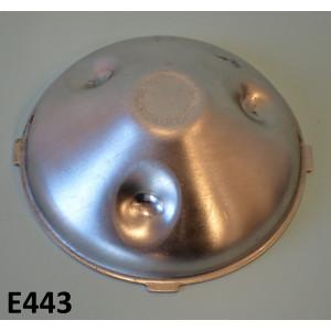 Dust cover for flywheel