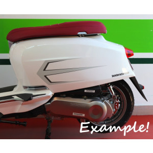 Set of high quality SILVER sidepanel arrow motifs + model graphics for New Lambretta V Special