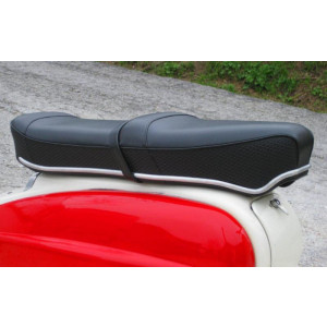 Black Pegasus 'flatbase' seat for Lambretta S1 + S2 (LOW fronted version) + Series 3