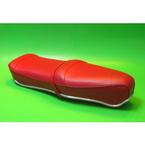 Red Pegasus 'flatbase' seat for Lambretta S1 + S2 (LOW fronted version) + Series 3