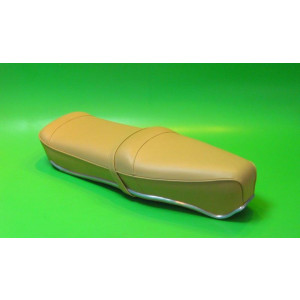Beige Pegasus 'flatbase' seat for Lambretta S1 + S2 (LOW fronted version) + Series 3