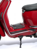 Chrome central carrier for New Lambretta