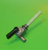 Rubinetto benzina con uscita a DESTRA da 8mm Lui Vega Cometa 75cc